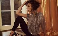 Красивые фотообои с Дженифер Лопес